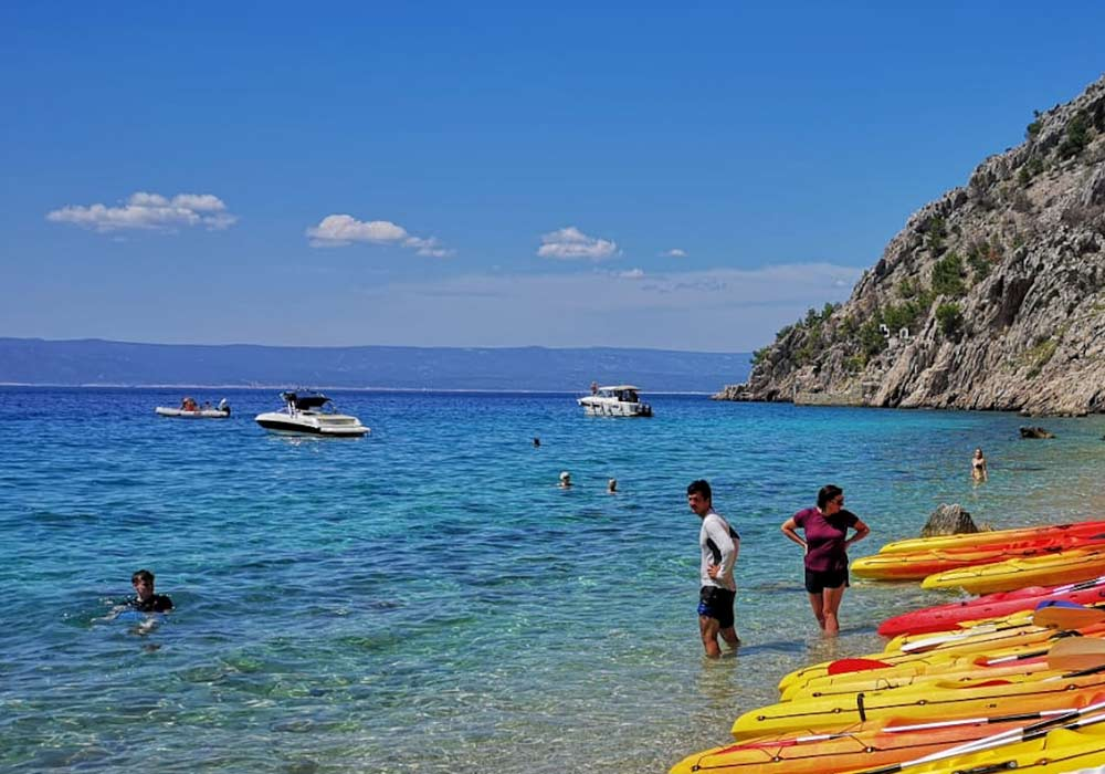 Sunny days of Croatia, perfect for family active vacations