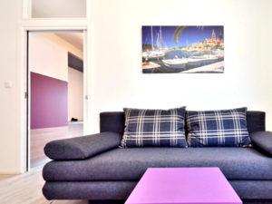 Sutivan apartments lounging