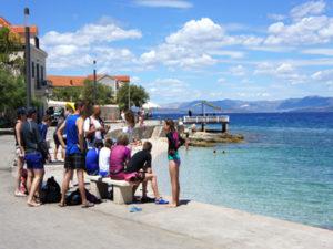 standup paddle boarding in Croatita